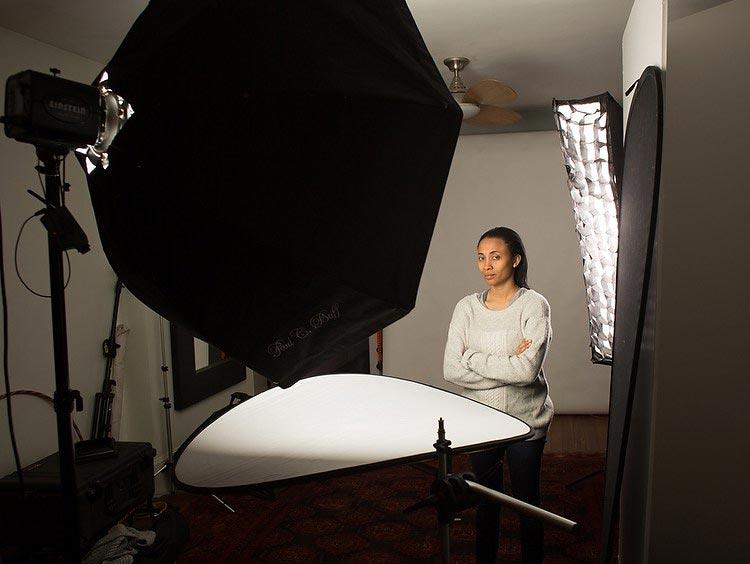Как настроить свет в студии для фотосессии