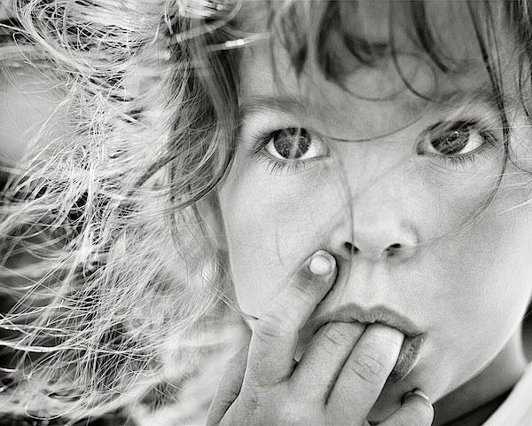 Как фотографировать детей. Урок по фотографии: https://profotovideo.ru/uroki-fotografii/kak-fotografirovat-detey-urok-po-fotografii